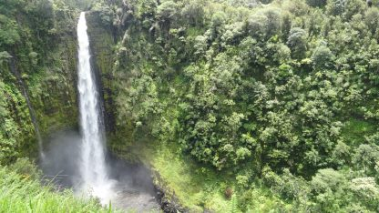 Hawaii-Big Island Waterfall